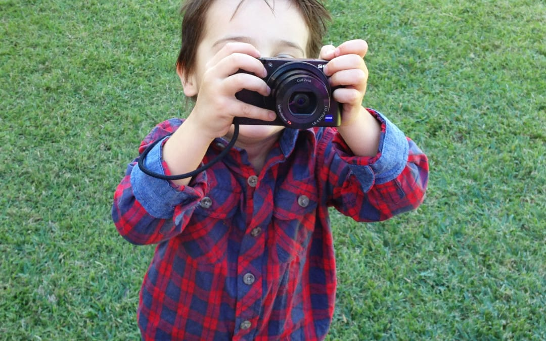 The only FIVE things you need to get started in photography